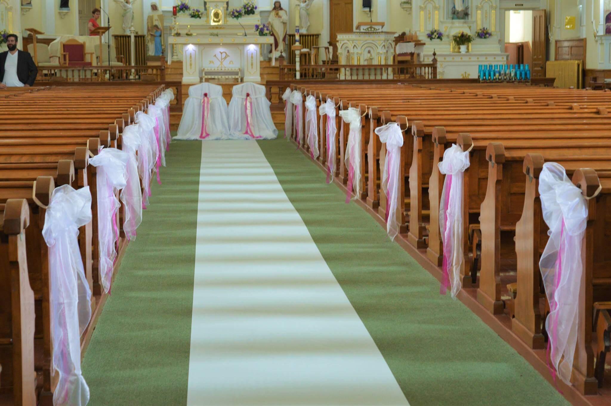 Mariages fleuriste la rose d 39 art - Decoration eglise mariage ...